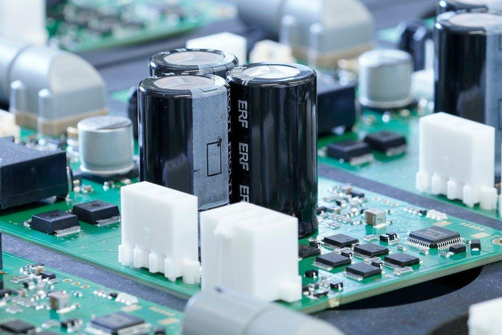 Gefertigtes Elektronikbauteil